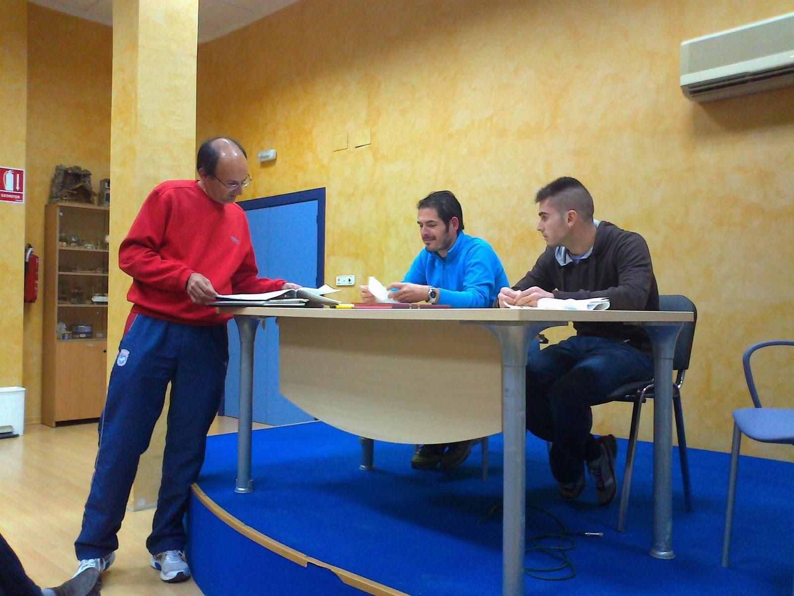 Elecciones presidente y junta directiva club ciclista for Presidente mesa electoral